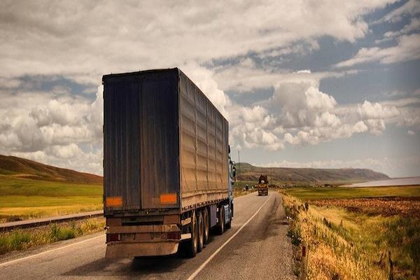 Cách vận chuyển hàng hóa đi Hòa Bình nhanh nhất