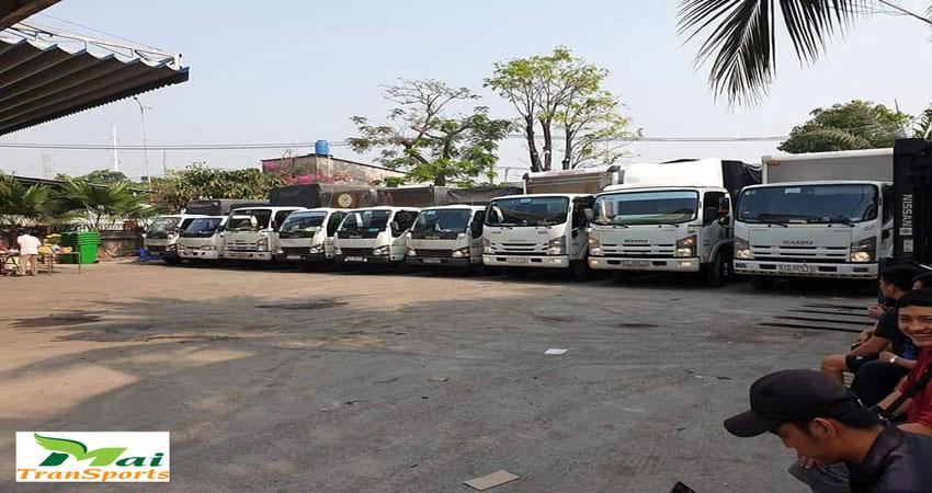 Xe tải chở hàng số lượng lớn