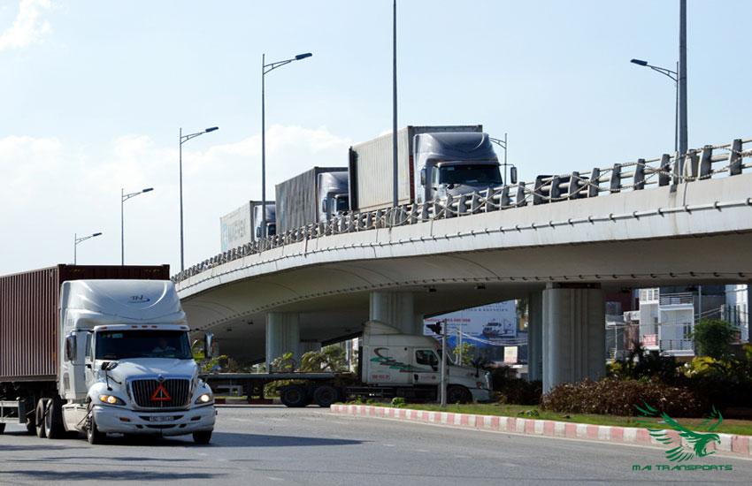 Dịch vụ vận tải ngày càng được chú trọng đầu tư