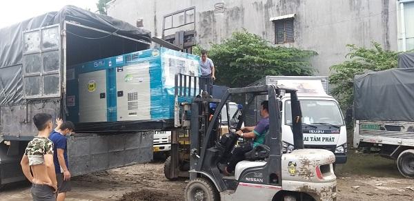 Xe vận chuyển hàng hoá